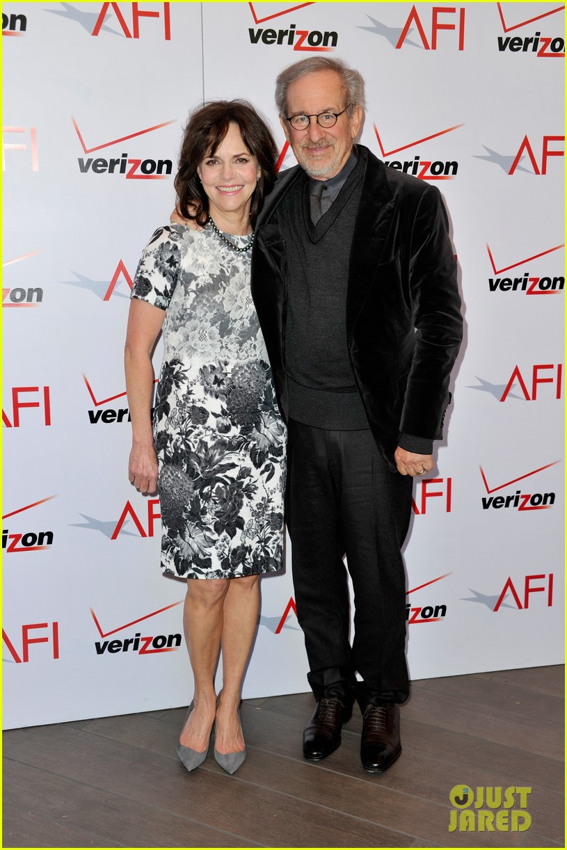 daniel day lewis sally field lincoln cast at afi awards 2013 132789244