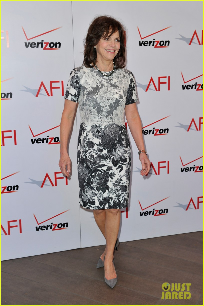 daniel day lewis sally field lincoln cast at afi awards 2013 152789246
