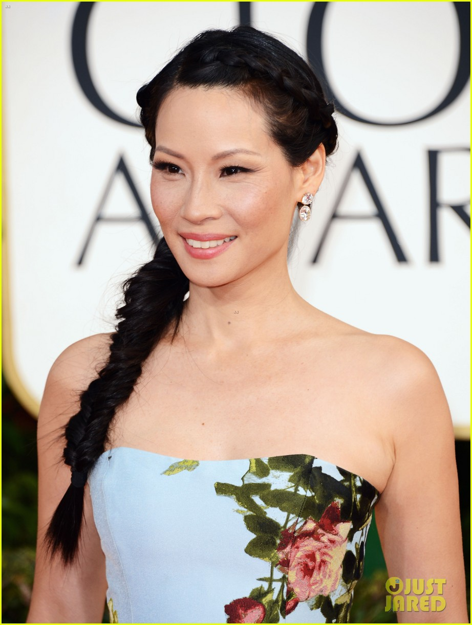 lucy liu golden globes 2013 red carpet 02