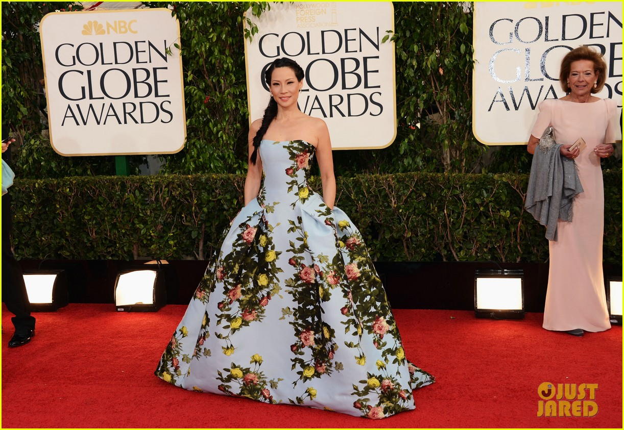 lucy liu golden globes 2013 red carpet 032791021