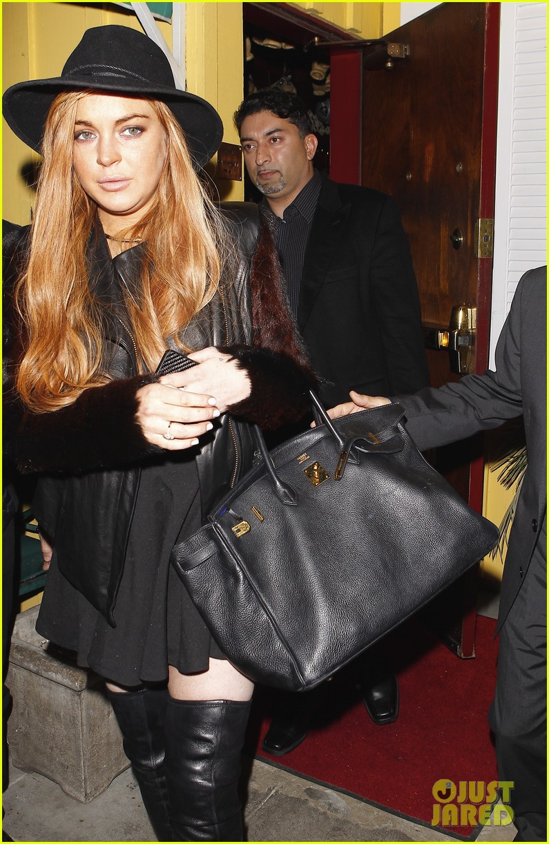 lindsay lohan dan tana dinner with lawyer mark heller 022801896