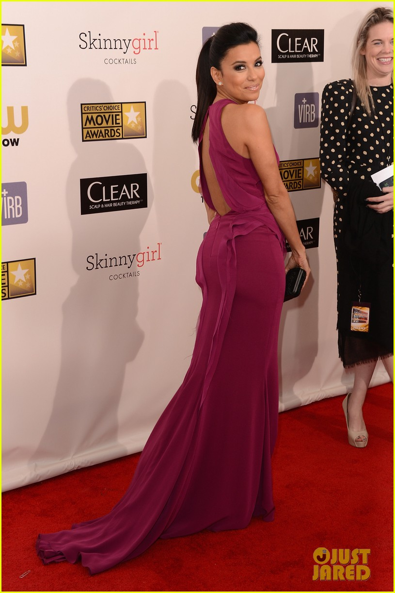 eva longoria critics choice awards 2013 red carpet 082788653