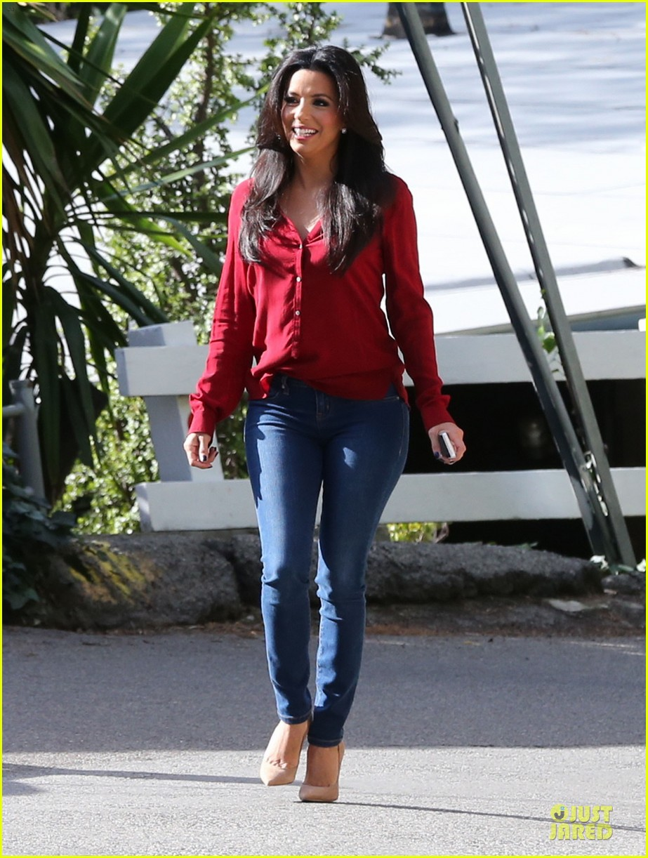 eva longoria red hot work day in santa monica 05