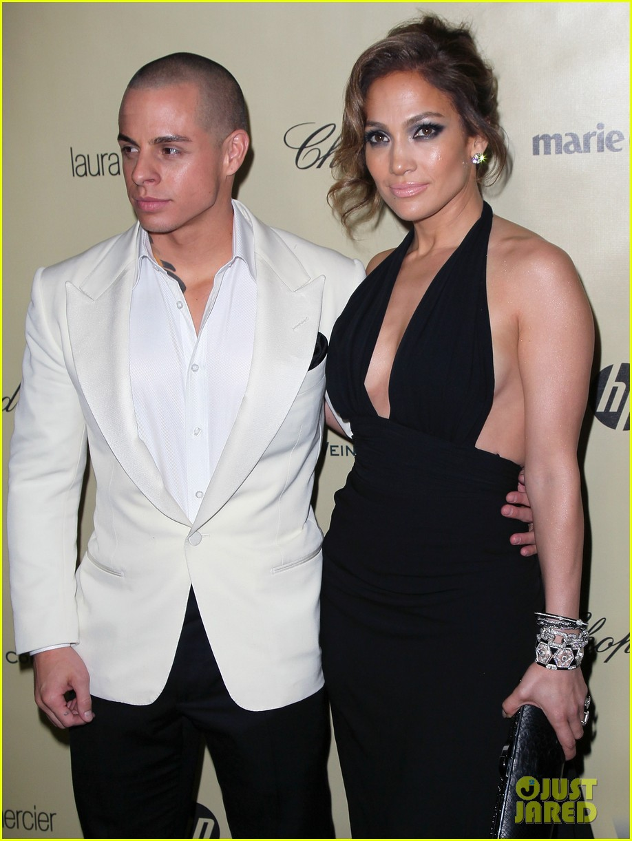 jennifer lopez casper smart golden globes parties 2013 022791586
