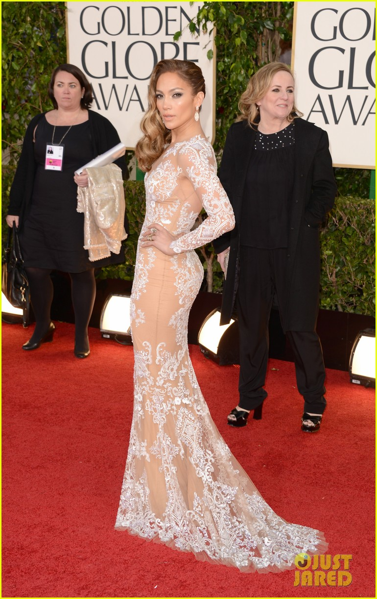 jennifer lopez golden globes 2013 red carpet 032791003
