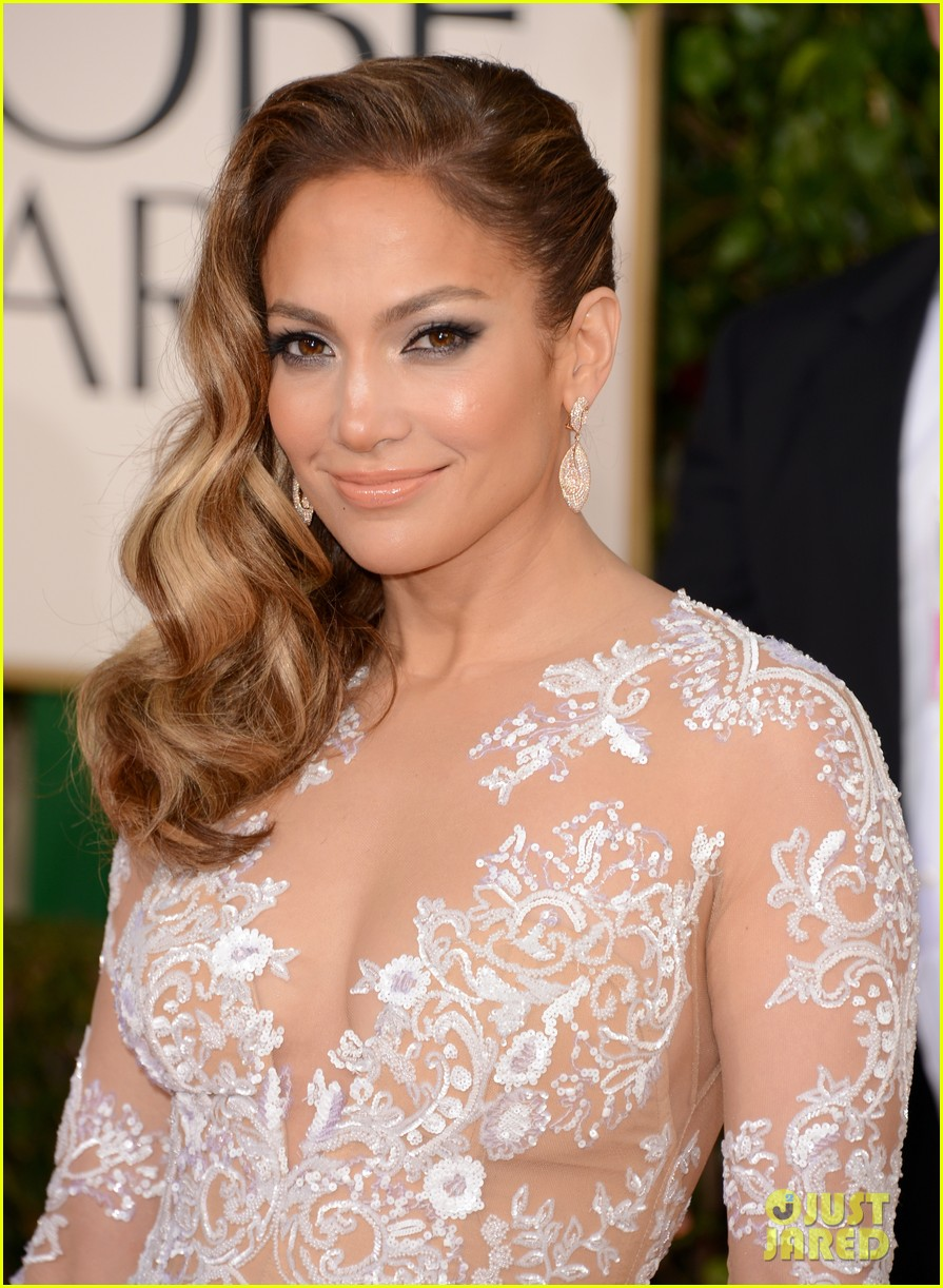 jennifer lopez golden globes 2013 red carpet 042791004