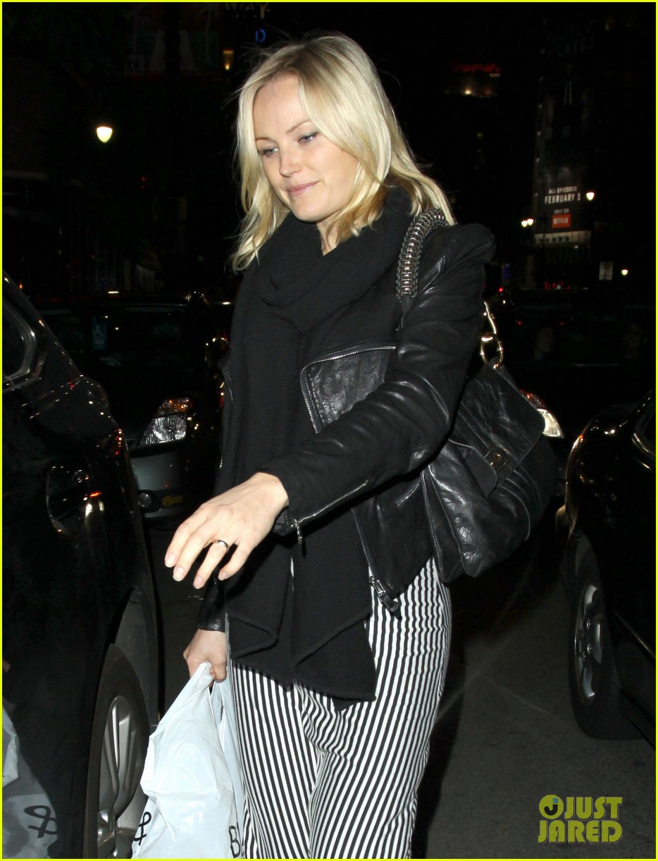 malin akerman monday afternoon ice cream shopping 11