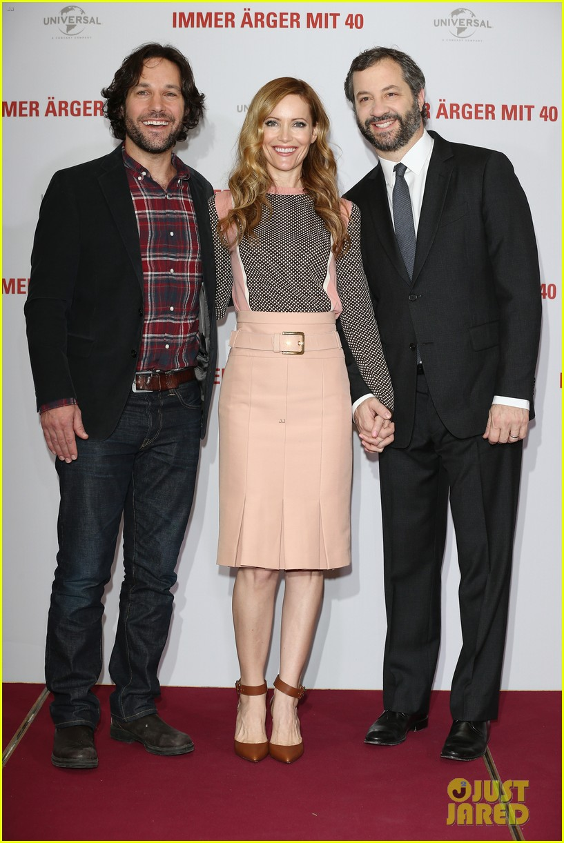 leslie mann paul rudd this is 40 berlin photo call 032801231