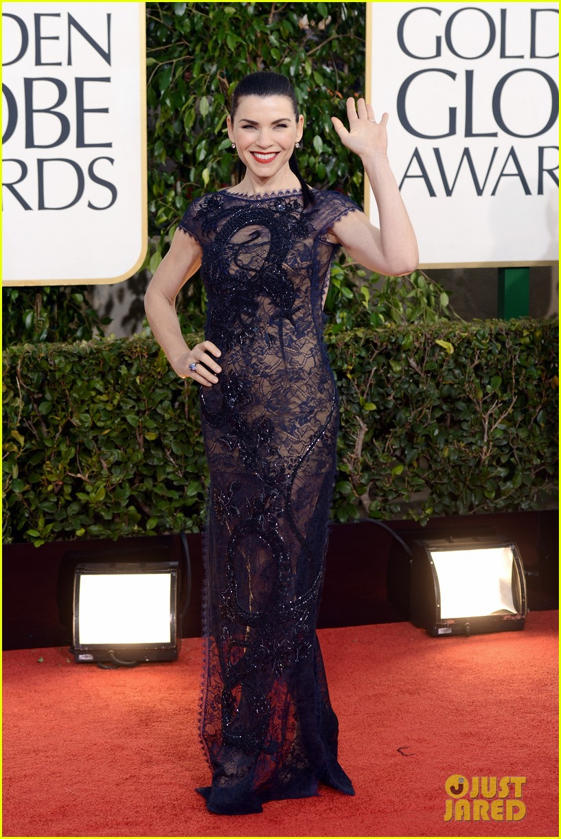 julianna margulies golden globes 2013 red carpet 012791814