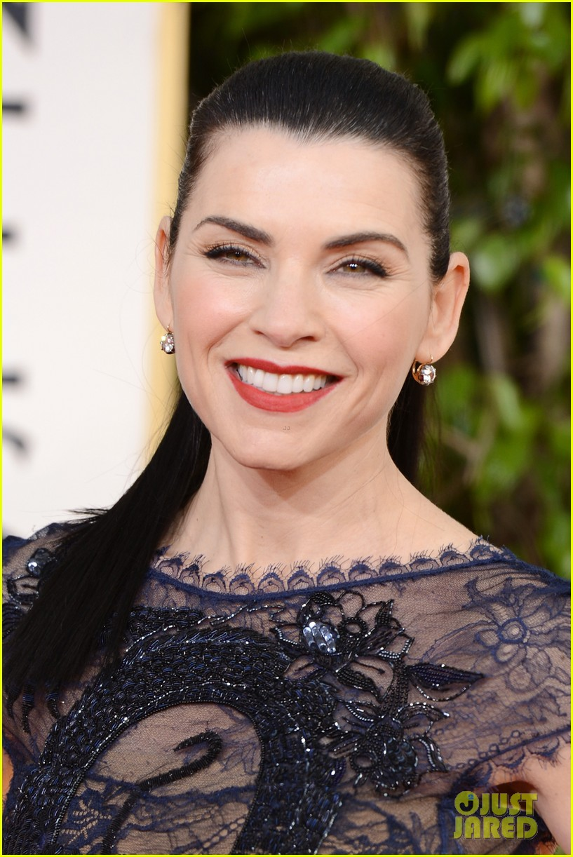 julianna margulies golden globes 2013 red carpet 02