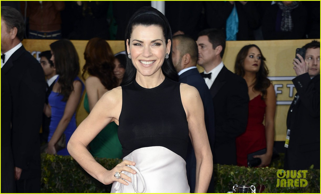 julianna margulies sag awards 2013 red carpet 03