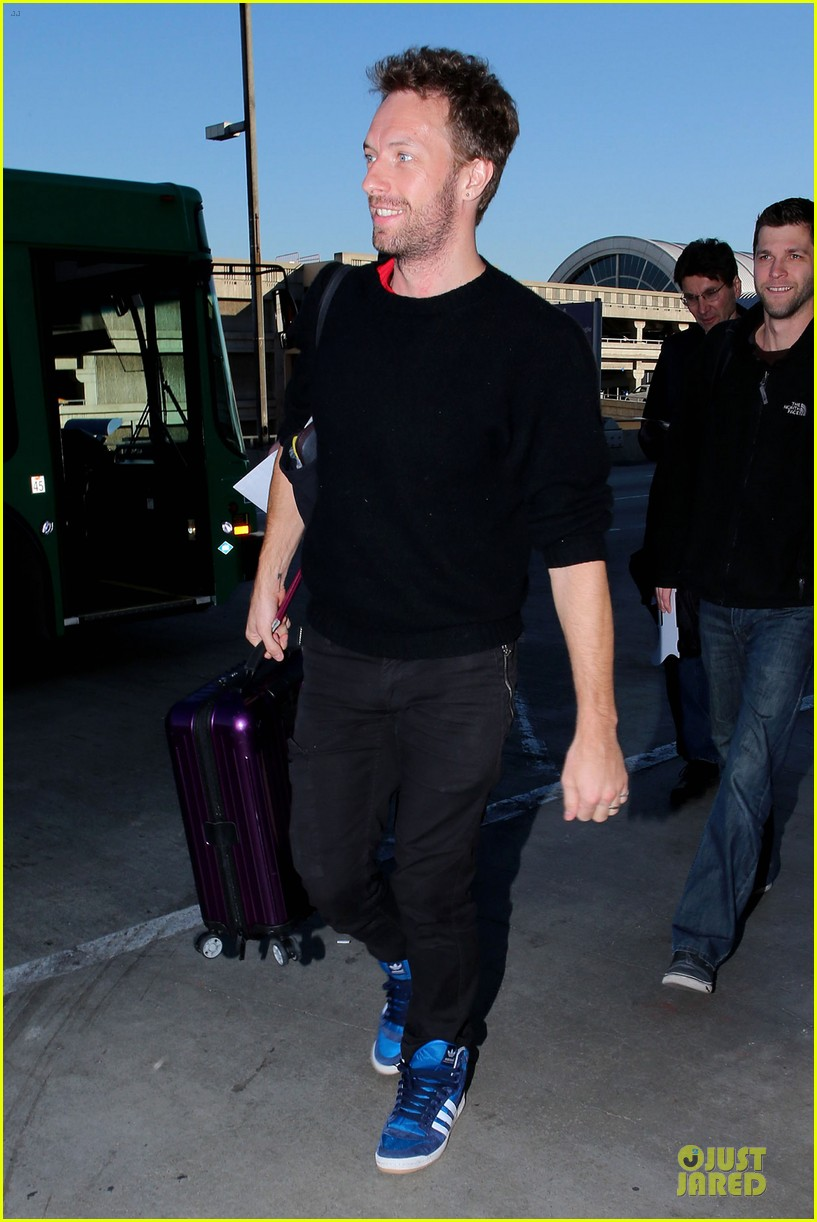 chris martin coldplay nominated for two brit awards 062792324