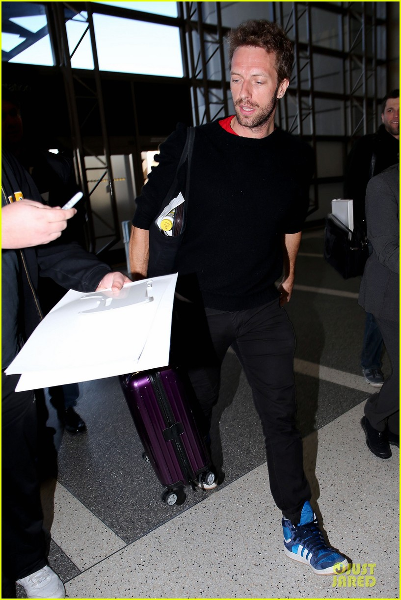 chris martin coldplay nominated for two brit awards 092792327
