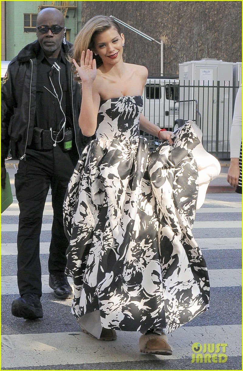 annalynne mccord i could dress up like this every day 02