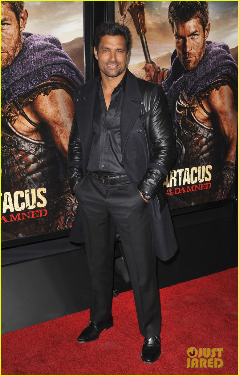 liam mcintyre spartacus war of the damned premiere 25
