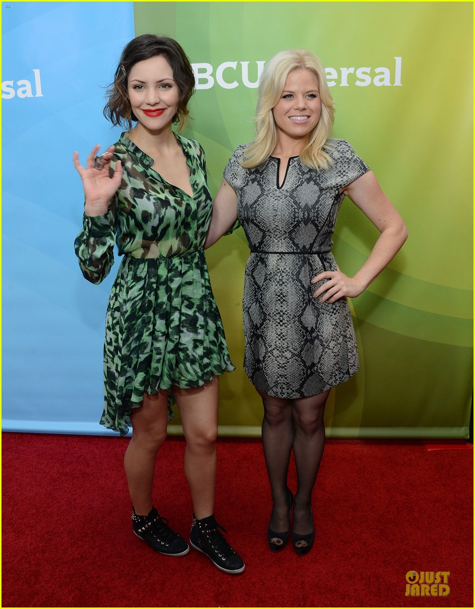 katharine mcphee & megan hilty smash tca tour 102785816