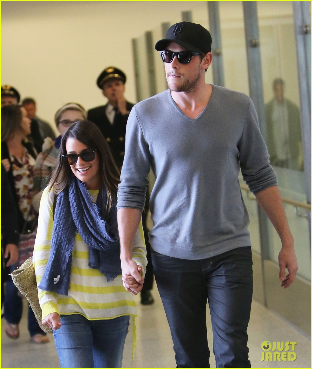 lea michele cory monteith holding hands at lax 102785451