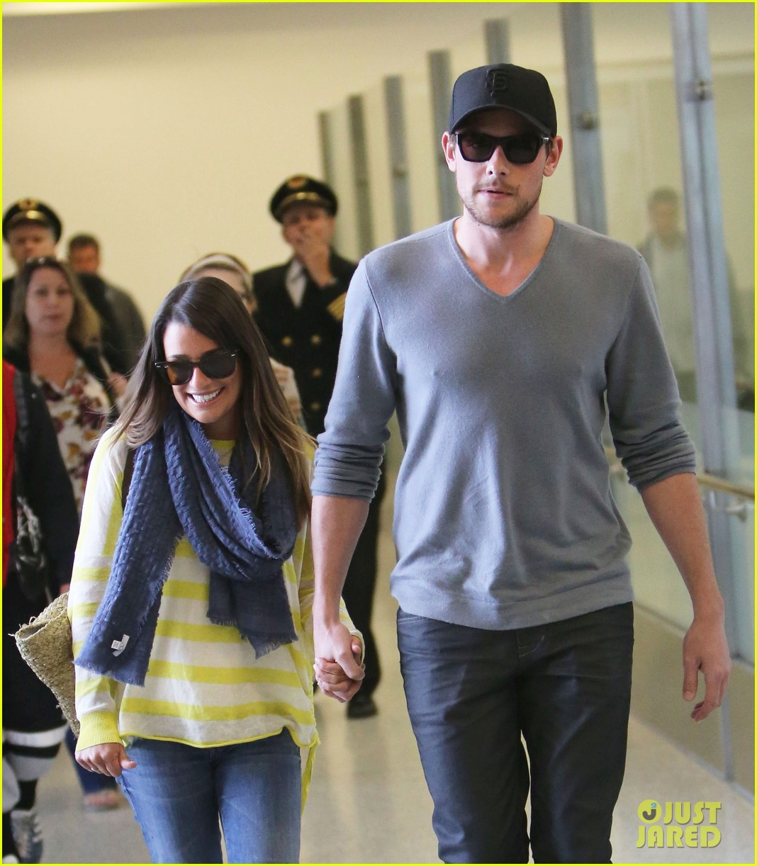 lea michele cory monteith holding hands at lax 112785452