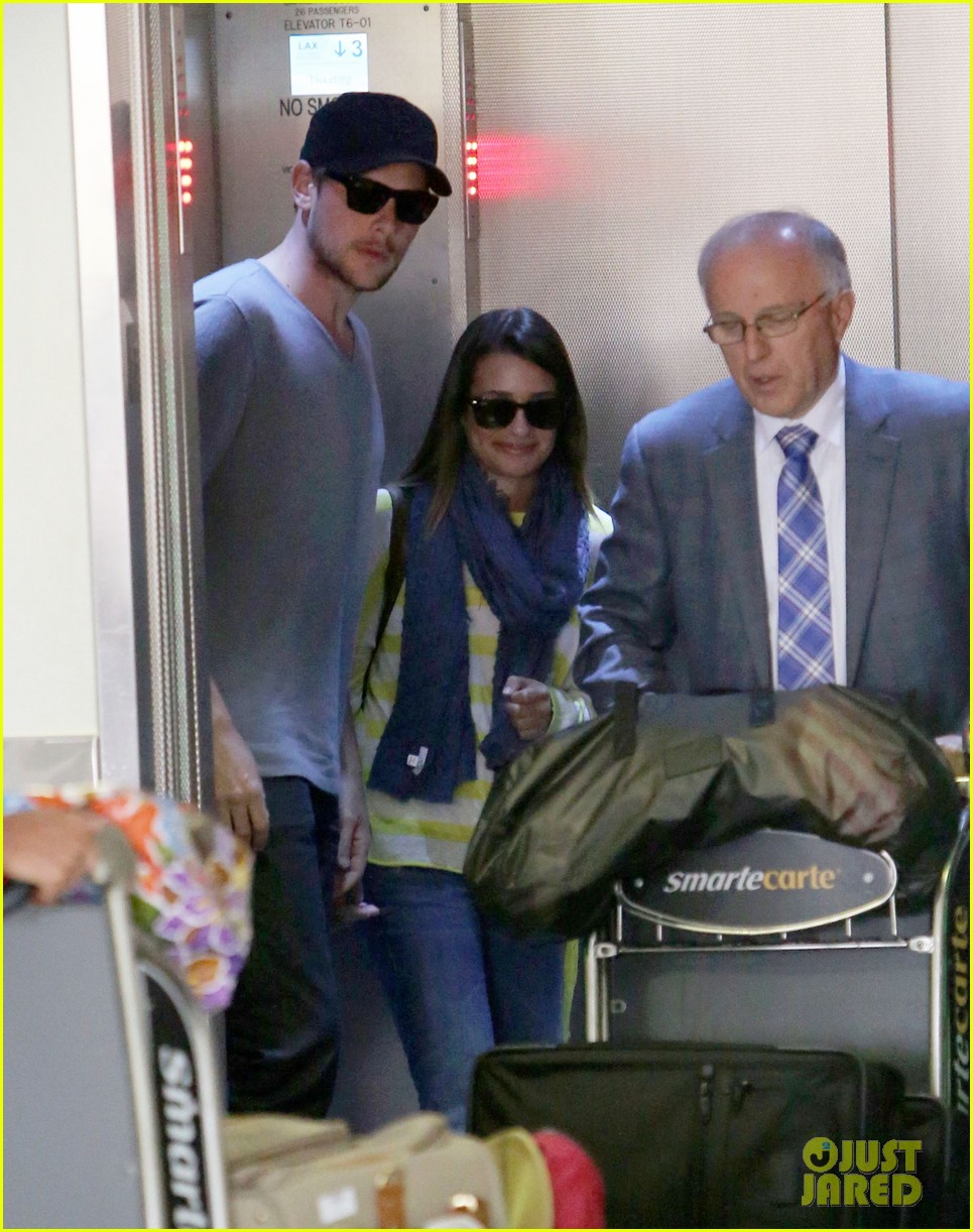 lea michele cory monteith holding hands at lax 122785453