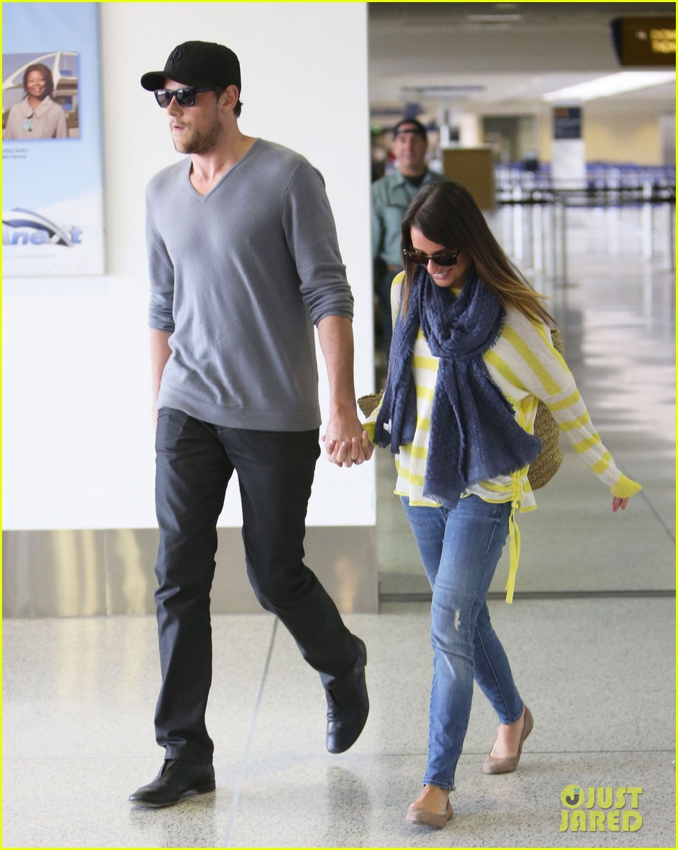 lea michele cory monteith holding hands at lax 14