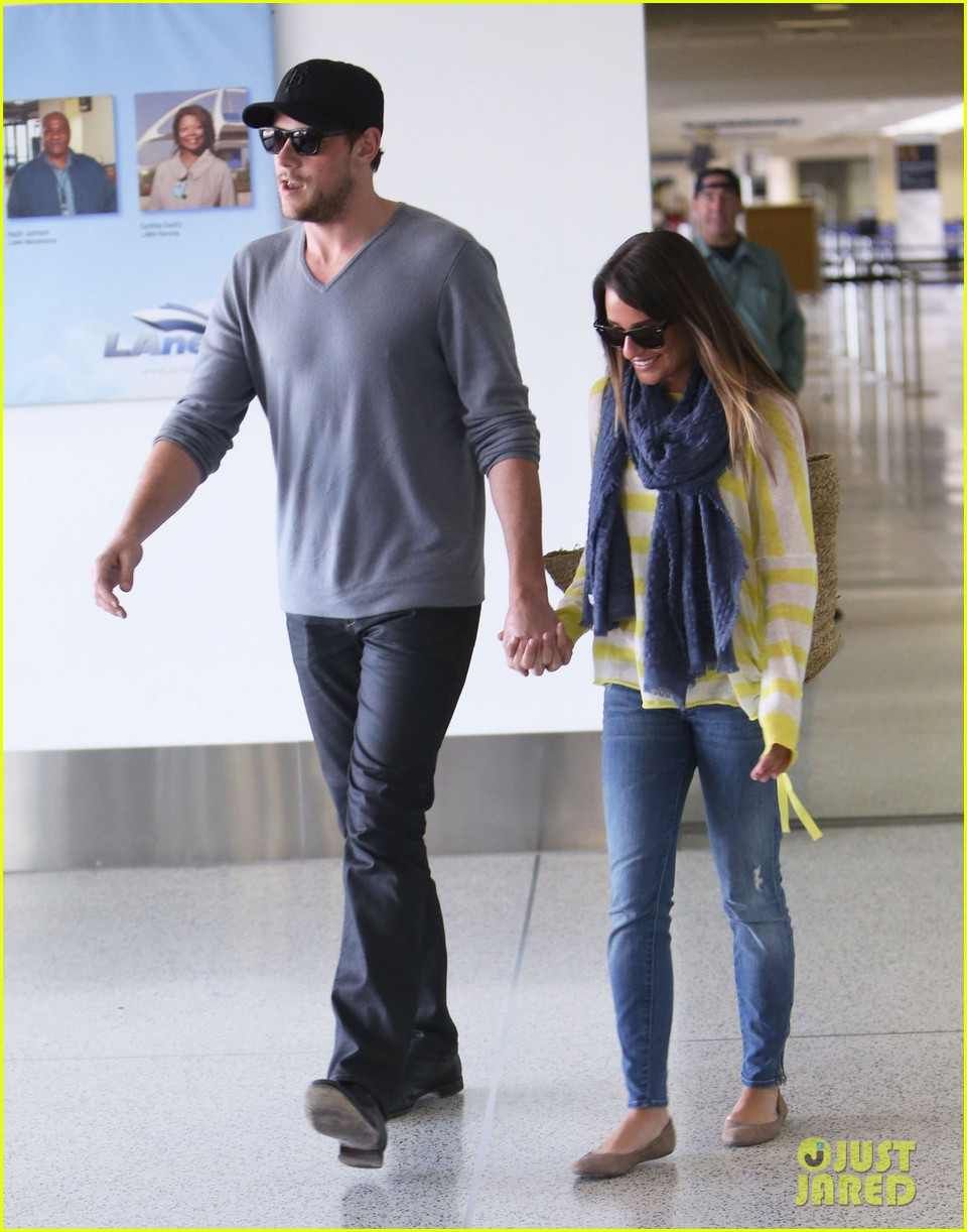 lea michele cory monteith holding hands at lax 152785456