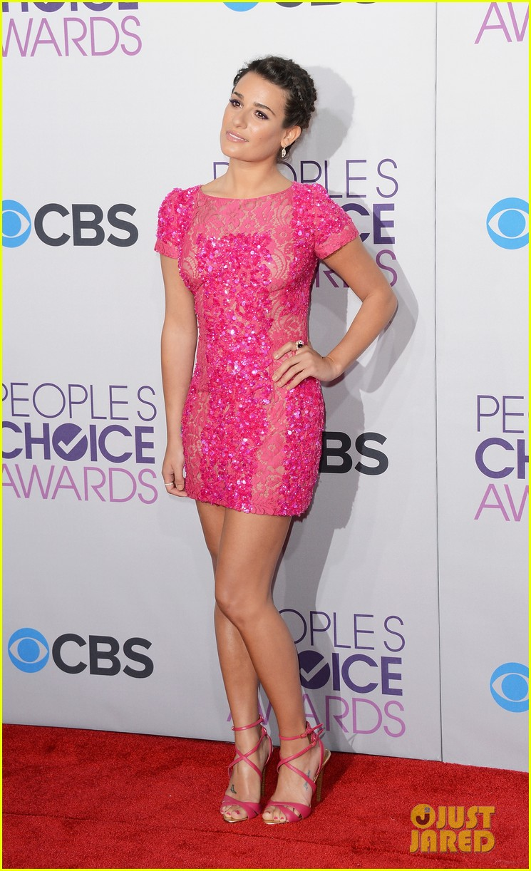 lea michele peopels choice awards 2013 red carpet 062787744