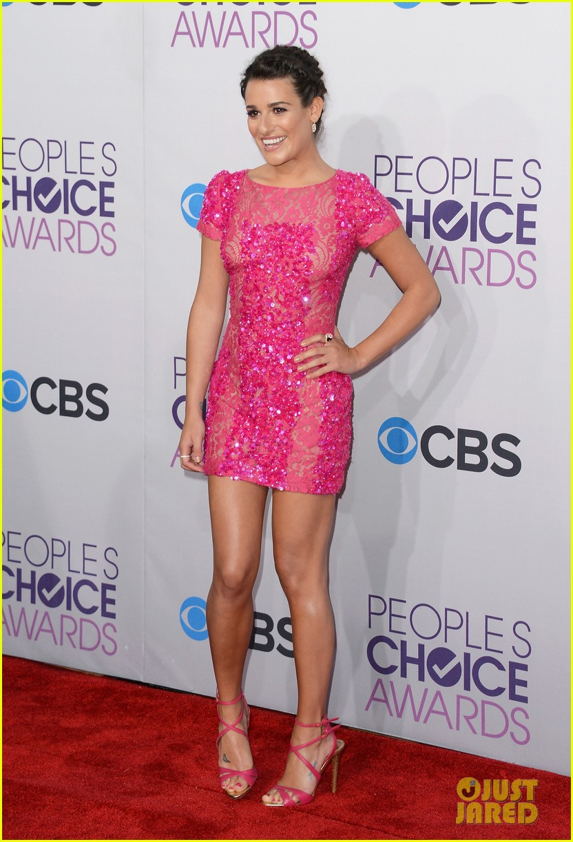 lea michele peopels choice awards 2013 red carpet 072787745