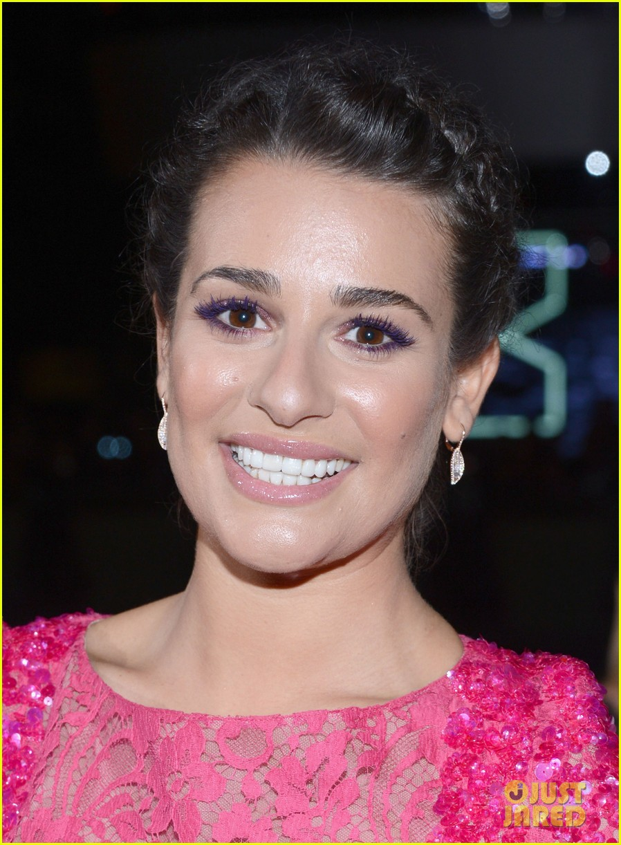 lea michele peopels choice awards 2013 red carpet 082787746