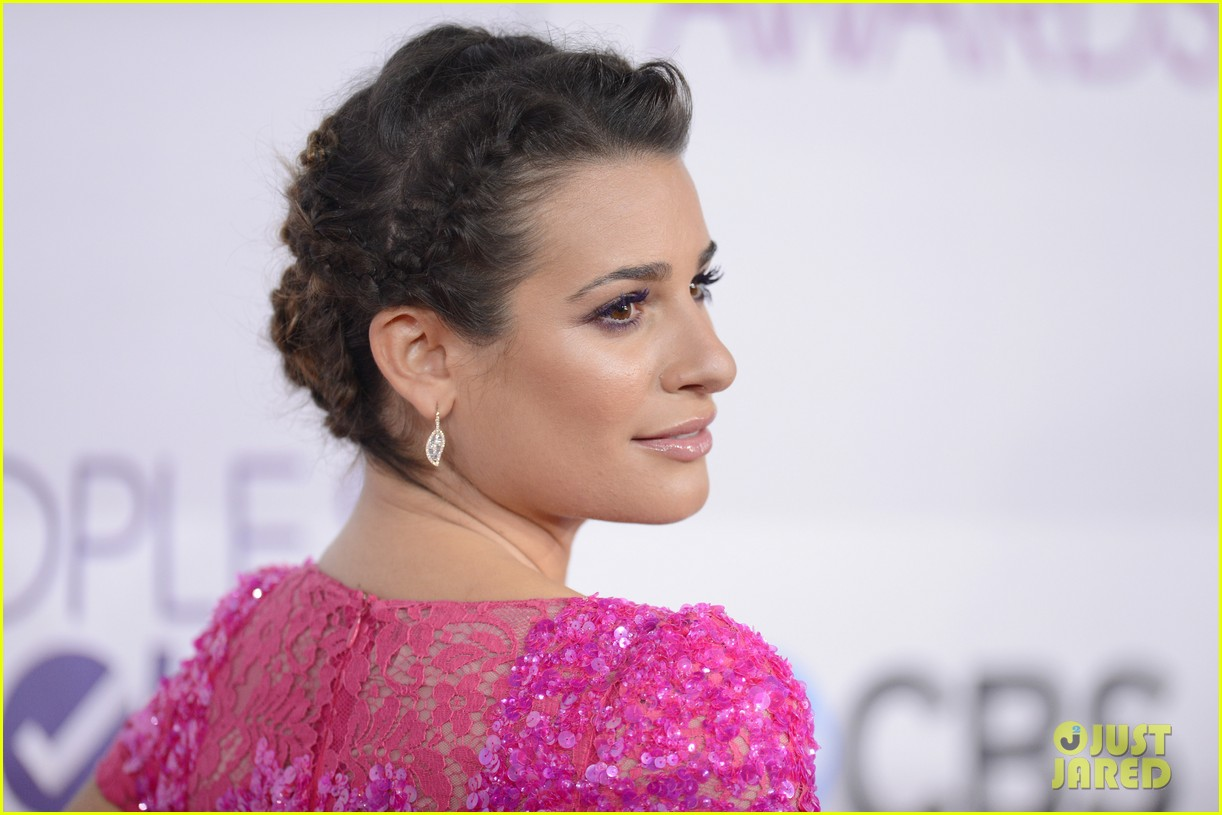 lea michele peopels choice awards 2013 red carpet 112787749