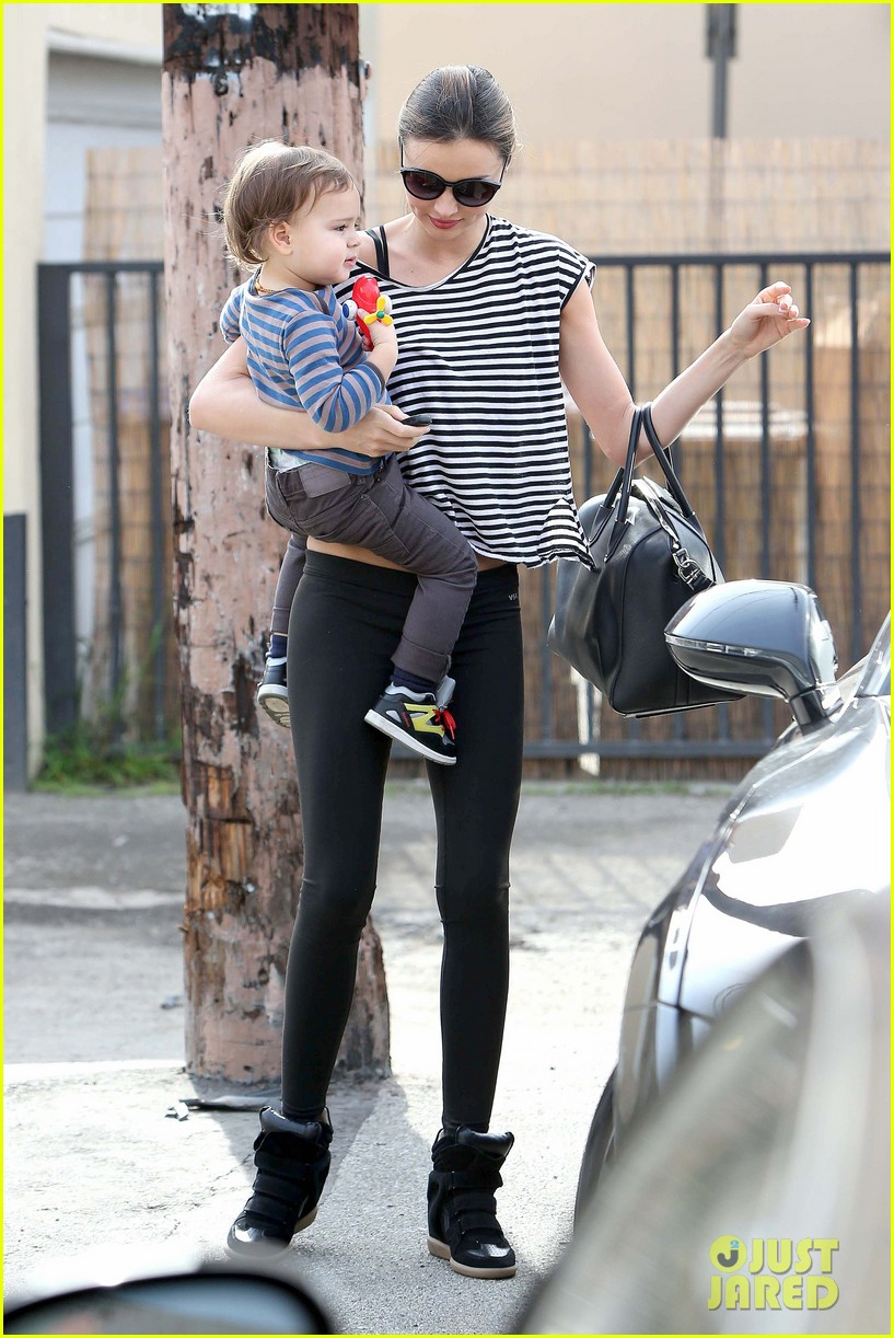 miranda kerr ballet class with flynn 03