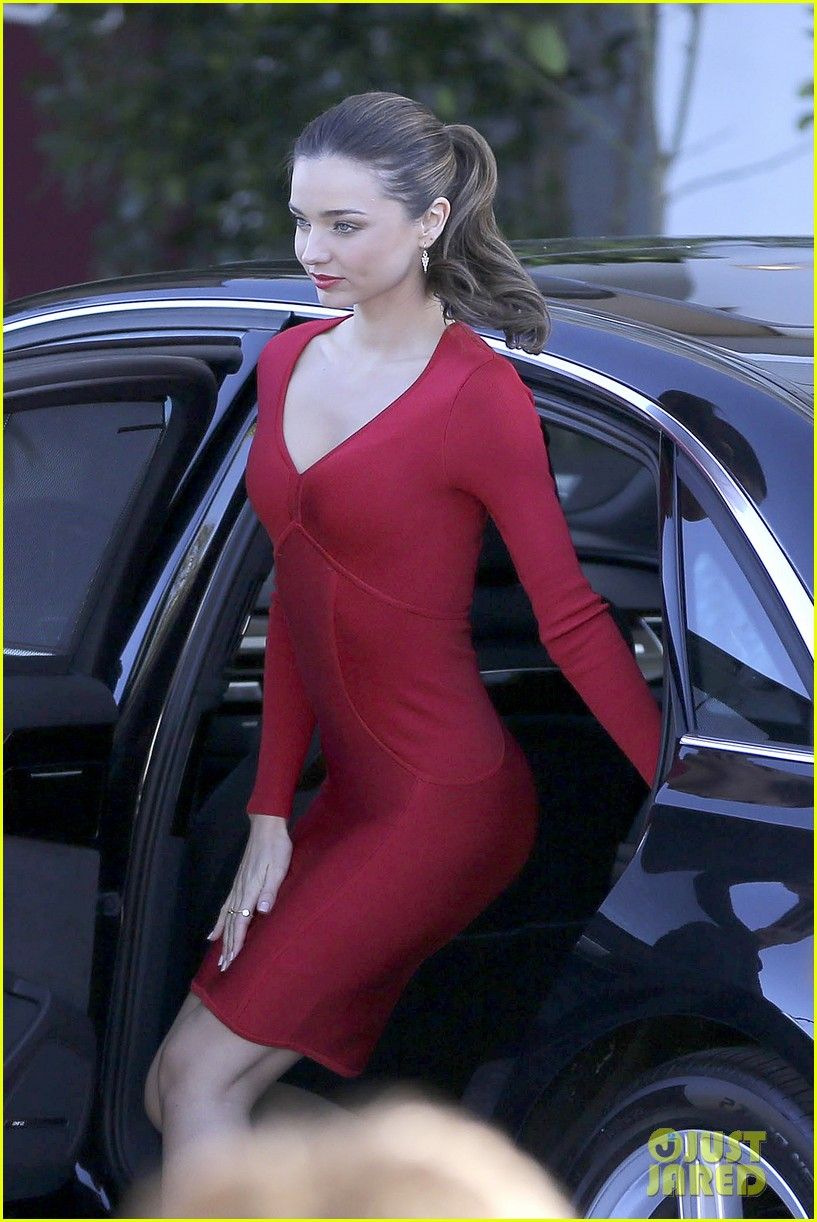 miranda kerr quantas photo shoot beauty 092788553