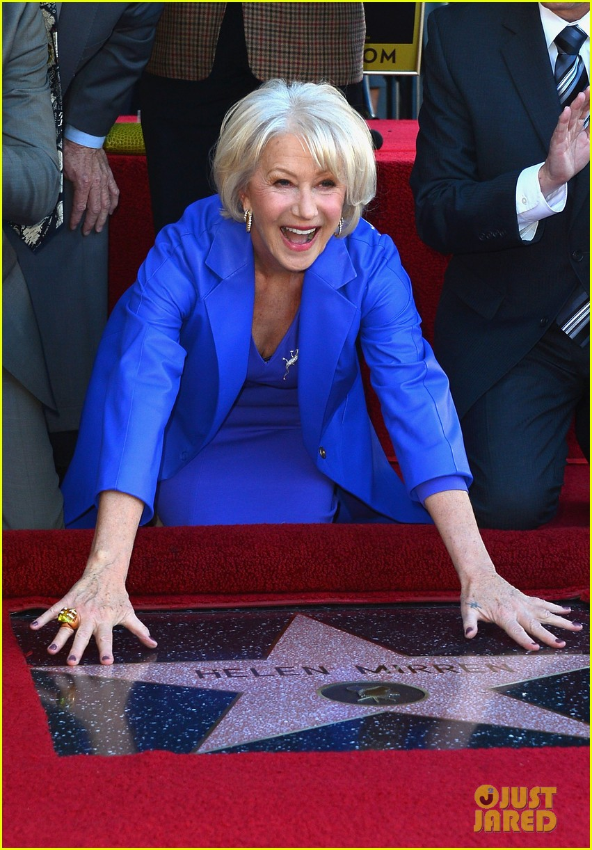 helen mirren receives star on hollywood walk of fame 022784344