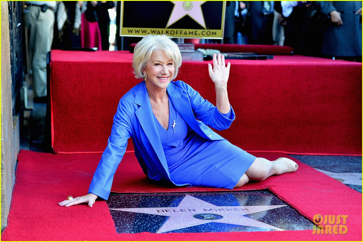 helen mirren receives star on hollywood walk of fame 032784345
