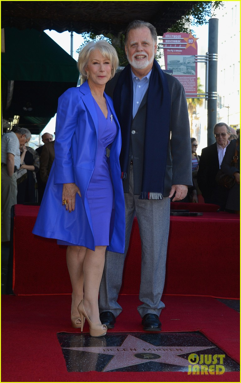 helen mirren receives star on hollywood walk of fame 042784346