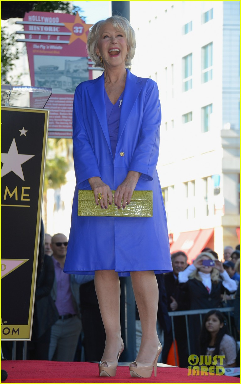helen mirren receives star on hollywood walk of fame 09