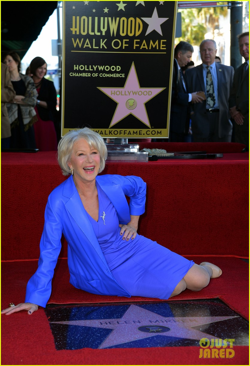 helen mirren receives star on hollywood walk of fame 122784354