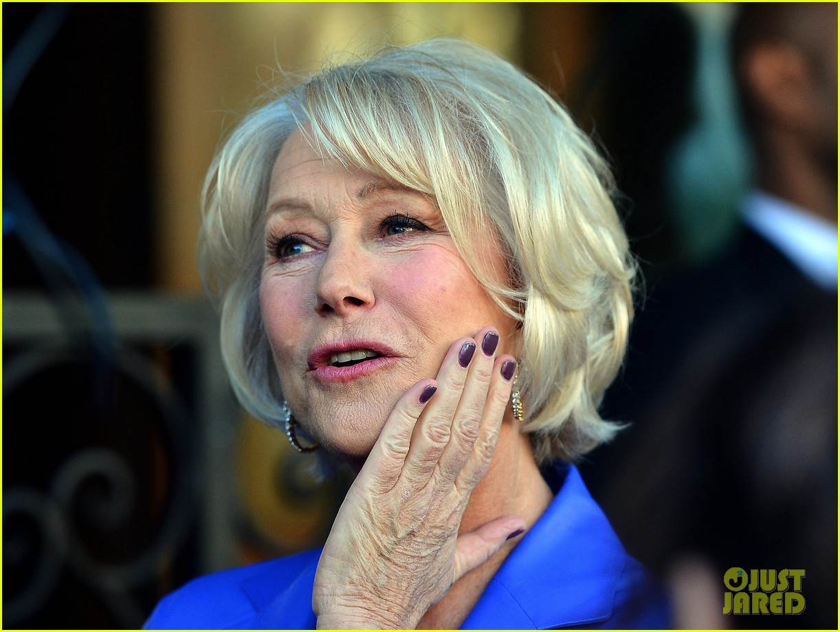 helen mirren receives star on hollywood walk of fame 162784358
