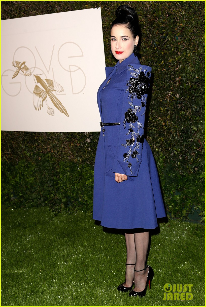 julianne moore dita von teese lovegold pre golden globes party 322790730