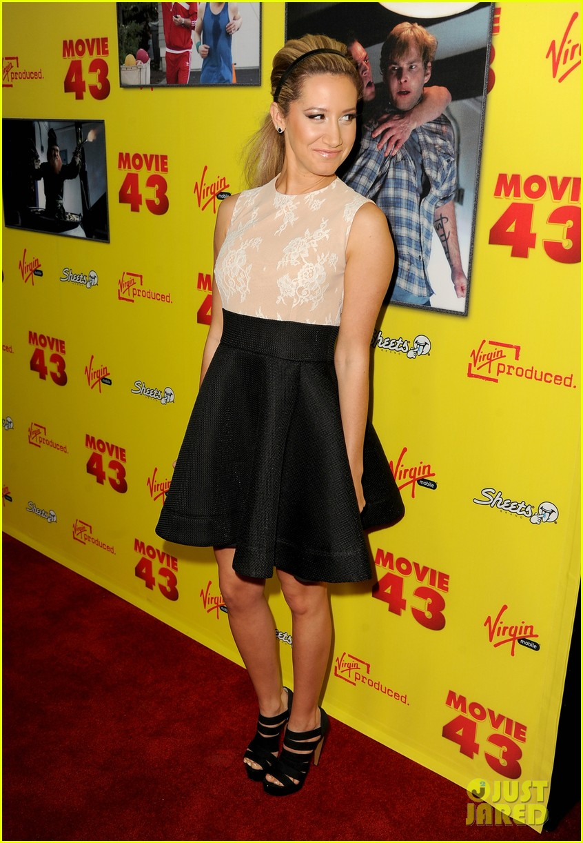 chloe moretz ashley tisdale movie 43 premiere 222797697