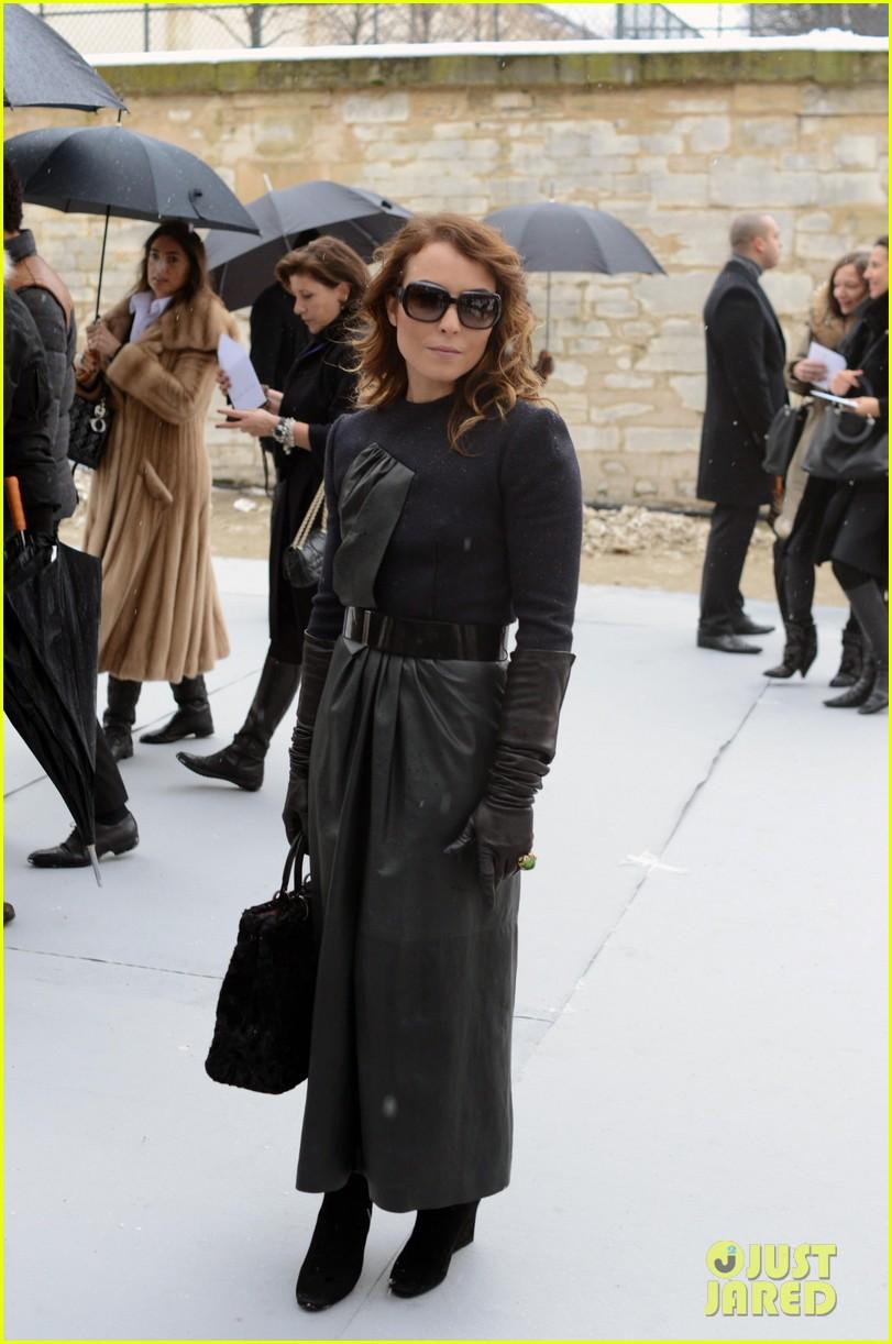 chloe moretz jessica alba christian dior paris fashion show 14