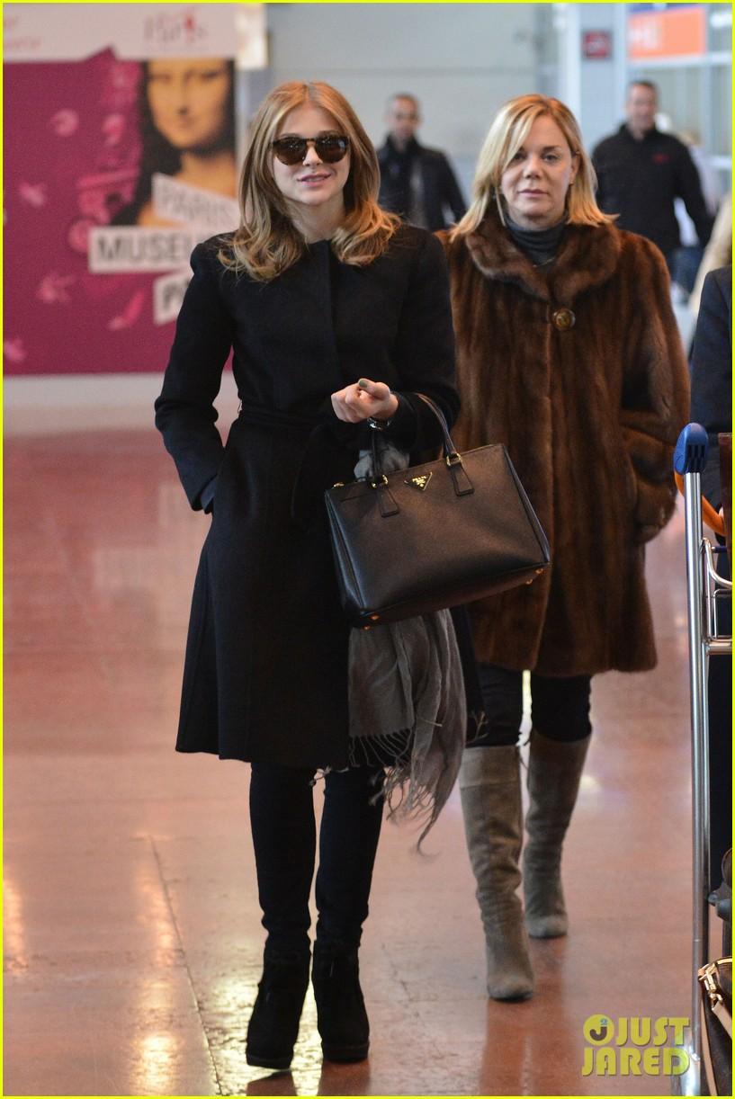 chloe moretz paris fashion week fun 072794992