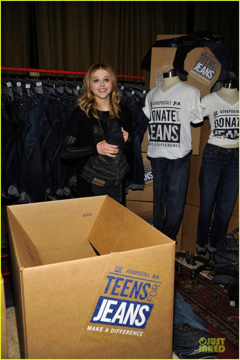chloe moretz teens for jeans host 092787320