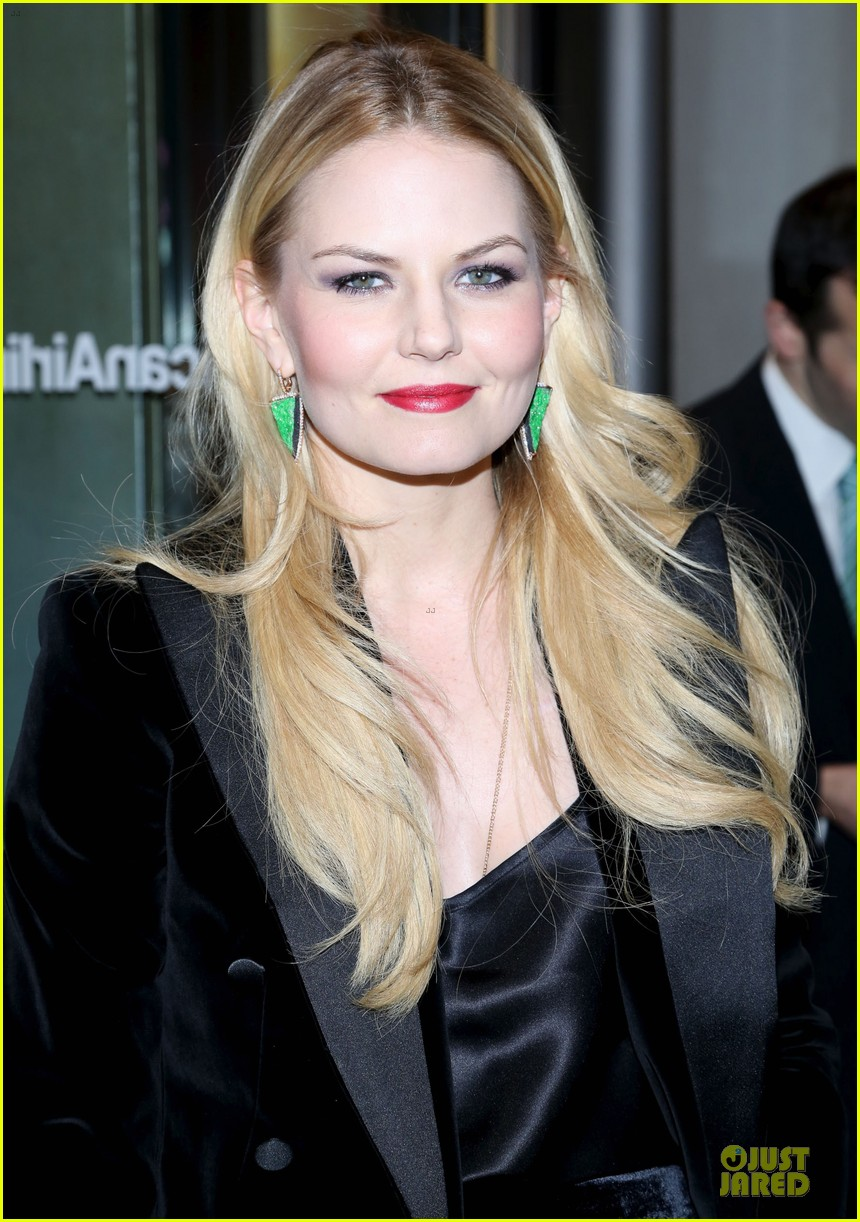 jennifer morrison chace crawford picnic opening night 102792292