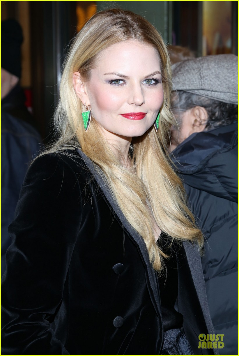 jennifer morrison chace crawford picnic opening night 112792293