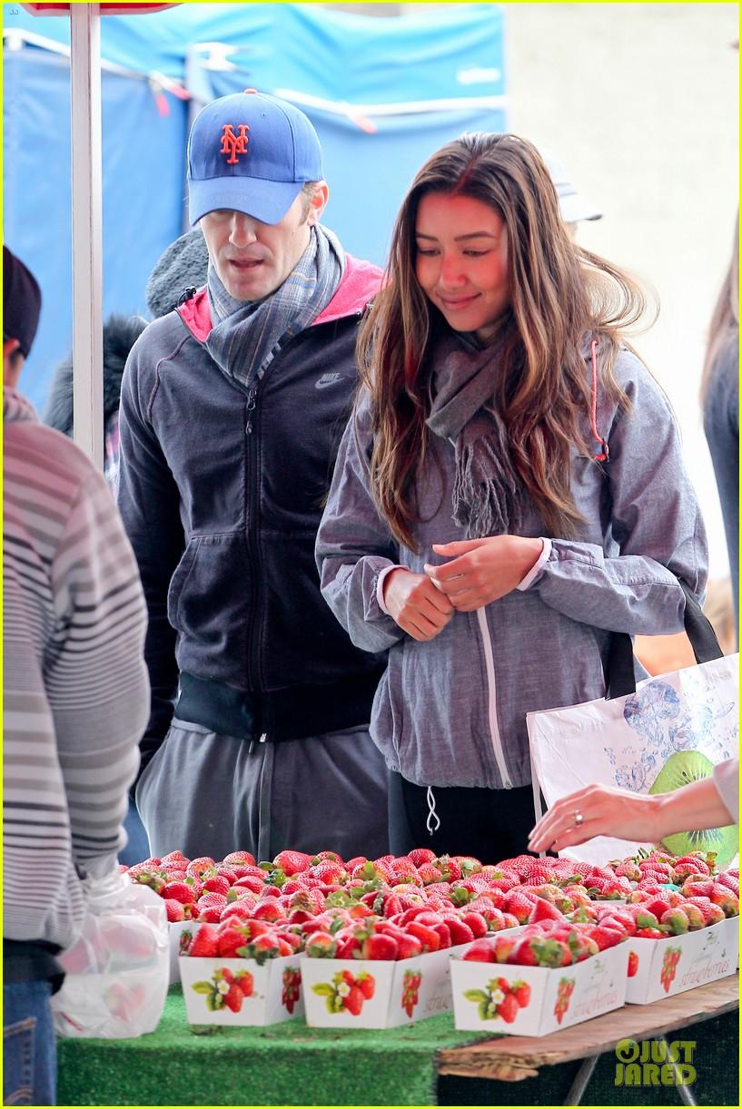 matthew morrison & renee puente strawberry picking couple 122786039