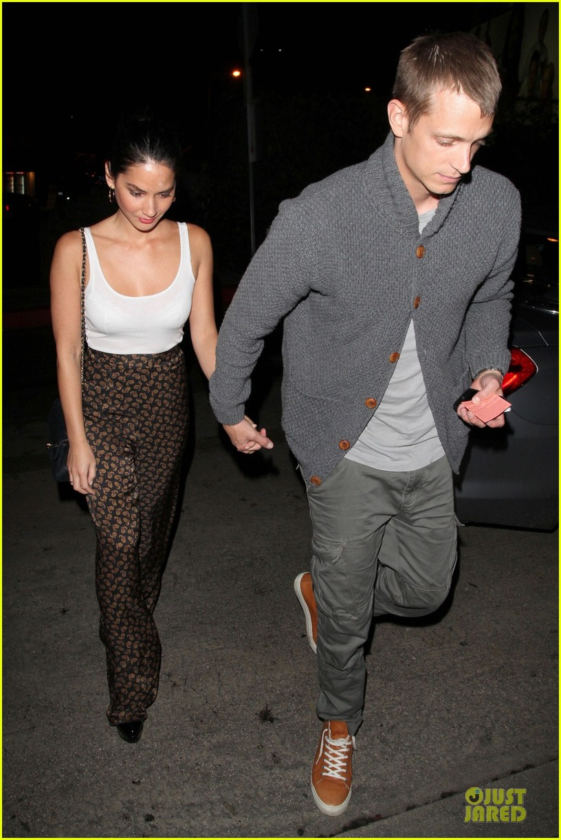 olivia munn joel kinnaman friday night at chateau marmont 032798816