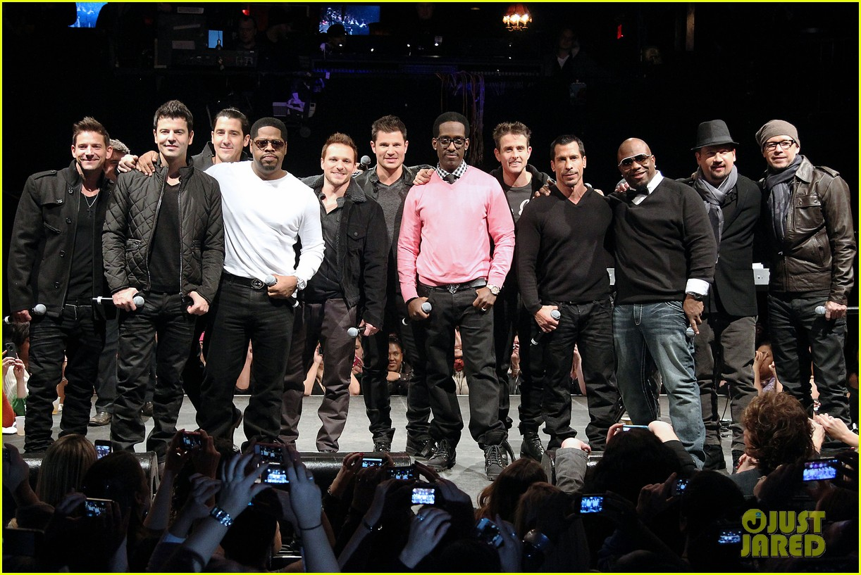 nkotb 98 degrees boys ii men tour announcement show 03