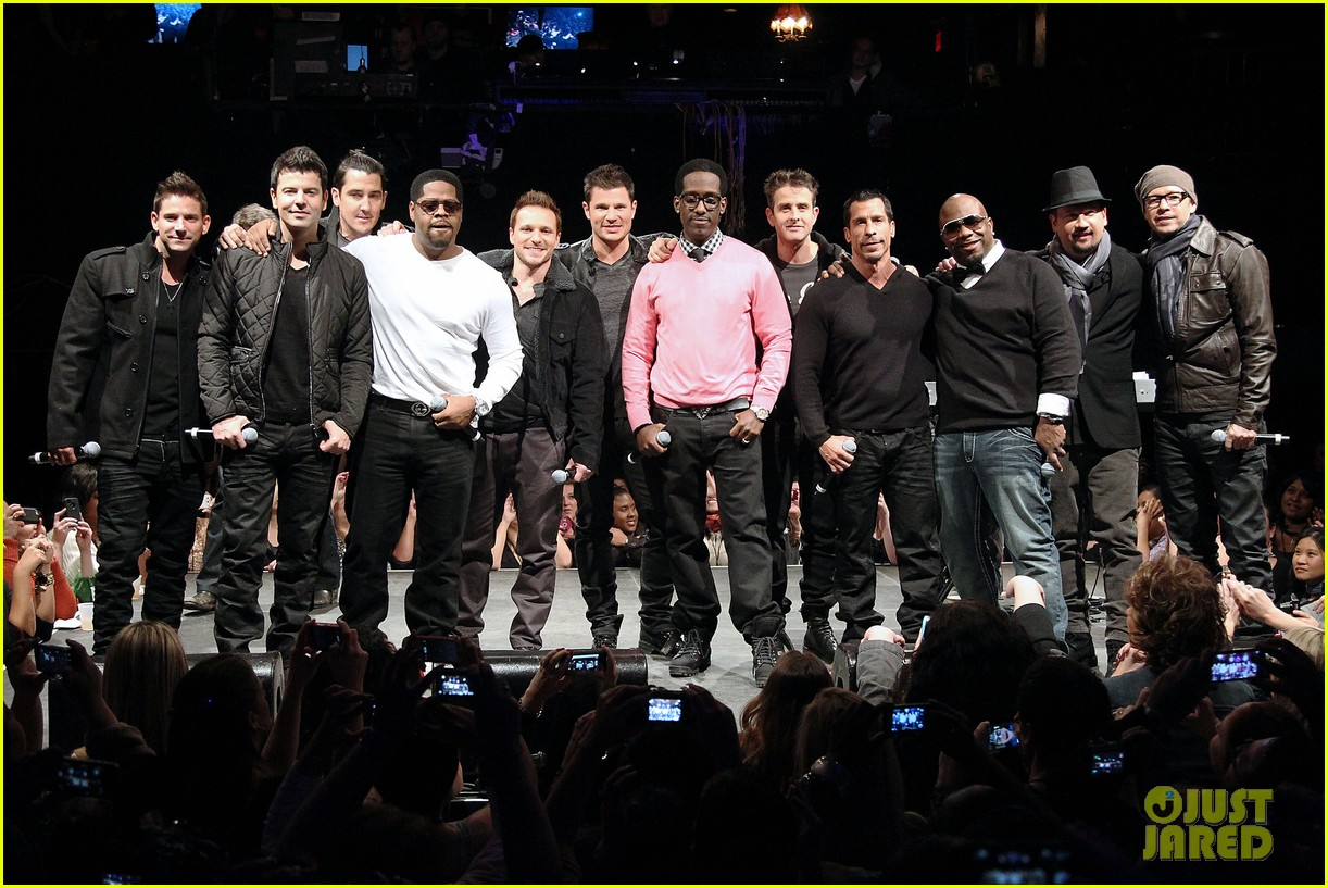 nkotb 98 degrees boys ii men tour announcement show 262797467