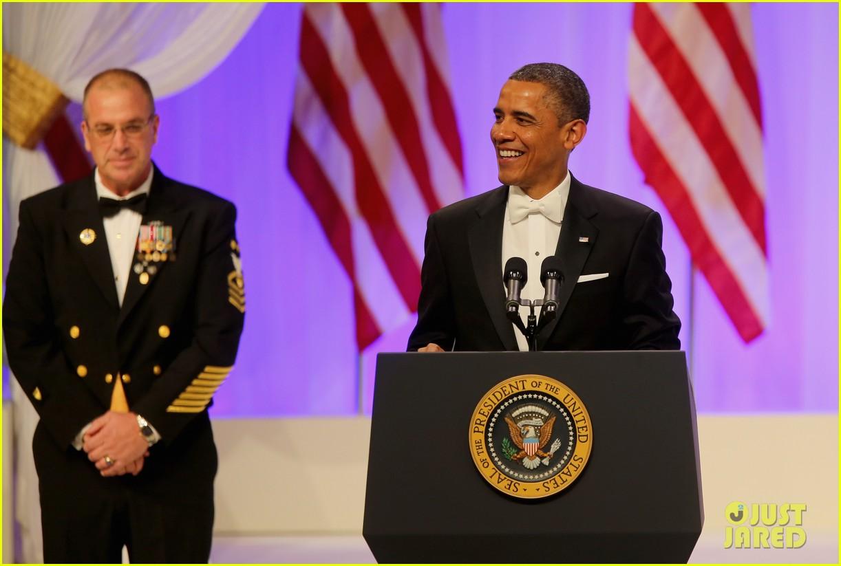 president barack obama michelle inaugural ball dance video 132796415