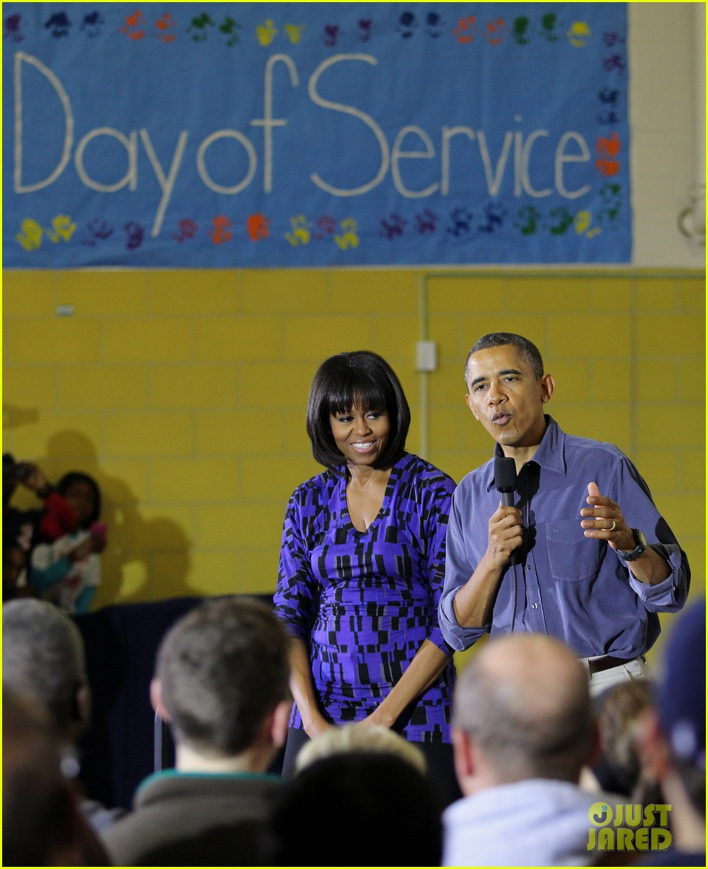 barack obama national day of service with michelle 082794950